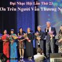 Hoa tình thương vẫn tỏa hương : Cảm nhận về Hội Bạn Những Người Cùi