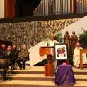 Giám mục tân cử Thomas Nguyễn Thái Thành chủ sự thánh lễ đưa chân ĐC Dominic Mai Thanh Lương