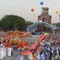 TGP.HUẾ: Rước Kiệu Đức Mẹ và Thánh Lễ Bế Mạc Đại Hội Hành Hương Đức Mẹ La Vang lần thứ 31
