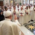 ĐTC khích lệ dòng Chúa Ba Ngôi tăng cường mục vụ giới trẻ