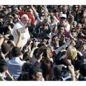 Đức Thánh Cha tiếp 23 ngàn người thuộc Viện Hưu Bổng Italia