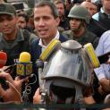 Bạo động tại Venezuela. Quân đội chia hai phe bắn nhau. Tuyên bố của Ủy Ban Công Lý và Hòa Bình