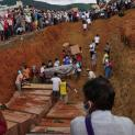 ĐHY Charles Bo: Myanmar bị một trận lở đất bất công chôn vùi