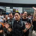 Đức Giám mục Địa phận Hồng Kông: 'Sự thật và công lý cho nam sinh viên đã thiệt mạng trong các cuộc đụng độ'