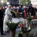 Lời nguyện của Đức Thánh Cha tại Đài Tưởng Niệm nạn nhân cộng sản ở Vilnius, Lithuania