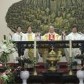 Đức Hồng Y Phêrô dâng lễ cầu nguyện cho đời sống thánh hiến tại giáo xứ Thái Hà
