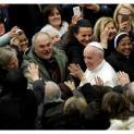 Đức Thánh Cha tiếp dân chúng các vùng bị động đất ở Italia